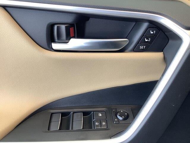 2019 Toyota RAV4 Limited (Stk: 21317) in Kingston - Image 13 of 30