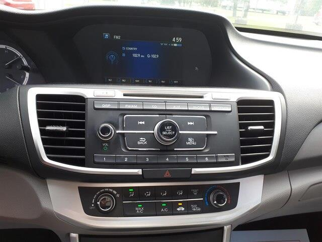 2014 Honda Accord LX (Stk: 10422A) in Brockville - Image 2 of 22