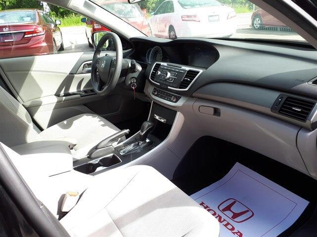 2014 Honda Accord LX (Stk: 10422A) in Brockville - Image 13 of 22