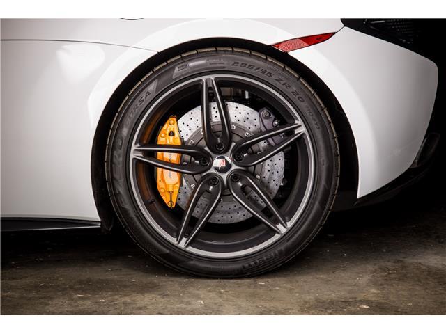 2018 McLaren 570S Coupe  (Stk: MV0198) in Calgary - Image 10 of 19