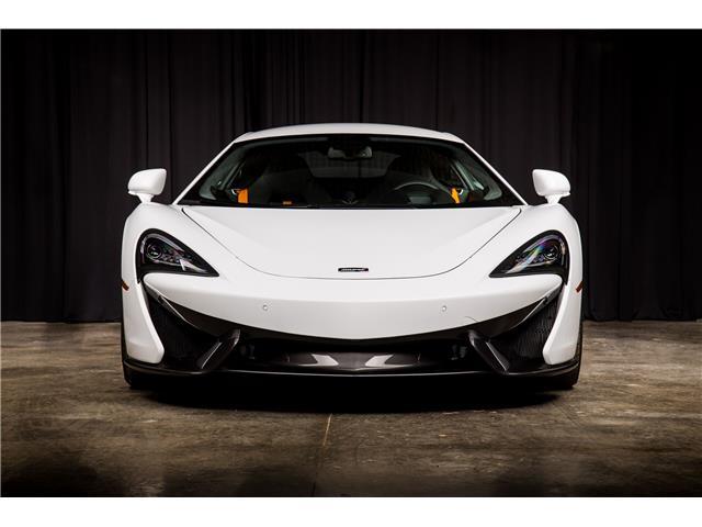 2018 McLaren 570S Coupe  (Stk: MV0198) in Calgary - Image 3 of 19