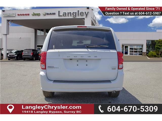 2018 Dodge Grand Caravan Crew (Stk: J314039) in Surrey - Image 5 of 24