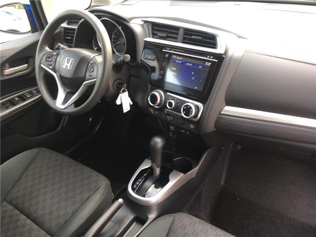 2016 Honda Fit LX (Stk: U16728) in Barrie - Image 2 of 18