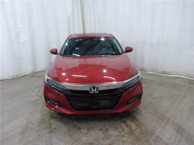 2019 Honda Accord Touring 2.0T (Stk: 1944017) in Calgary - Image 2 of 28