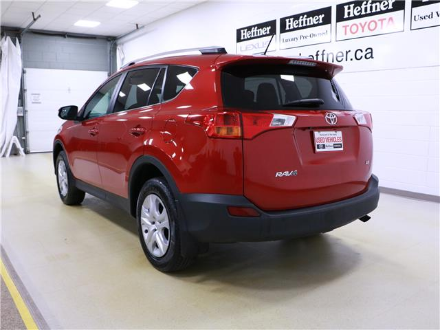2015 Toyota RAV4 LE (Stk: 195499) in Kitchener - Image 2 of 32