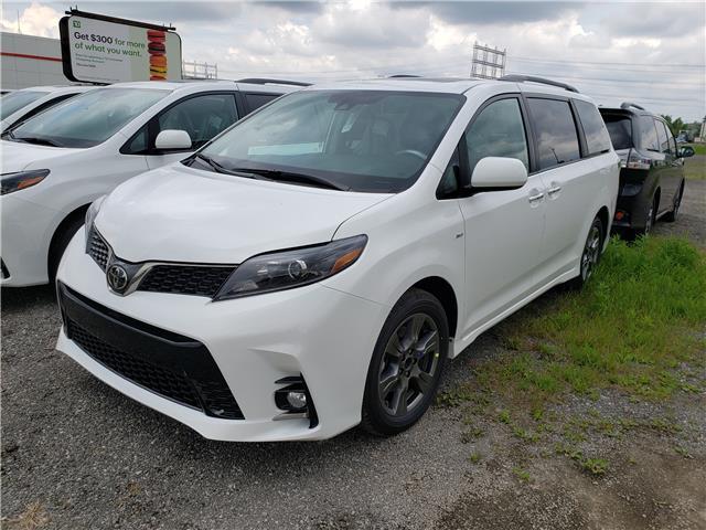 2020 Toyota Sienna SE 7-Passenger (Stk: 20-105) in Etobicoke - Image 5 of 16