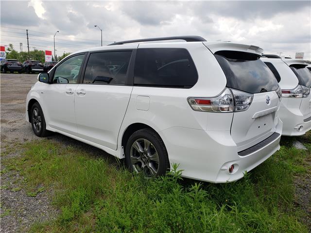 2020 Toyota Sienna SE 7-Passenger (Stk: 20-105) in Etobicoke - Image 7 of 16