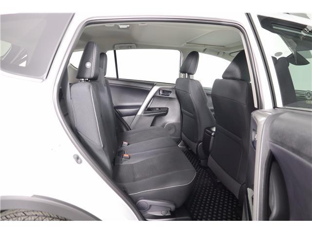 2018 Toyota RAV4 XLE (Stk: 52497) in Huntsville - Image 13 of 38