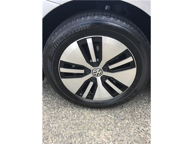 2016 Volkswagen e-Golf SE (Stk: LF010480) in Surrey - Image 11 of 24