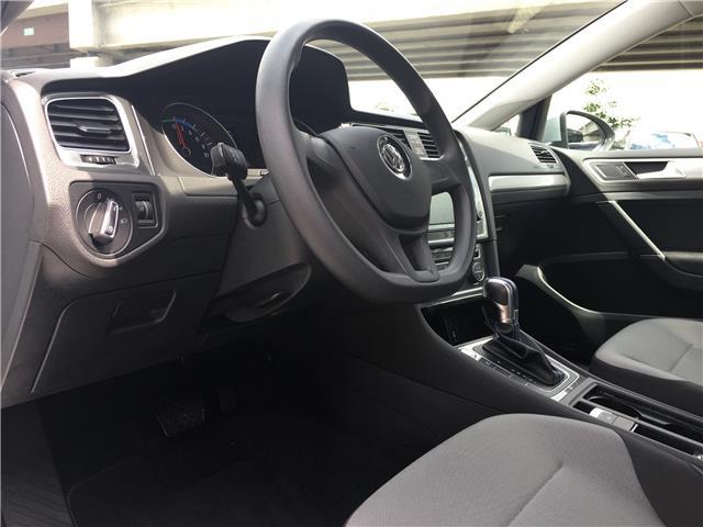 2016 Volkswagen e-Golf SE (Stk: LF010480) in Surrey - Image 16 of 24