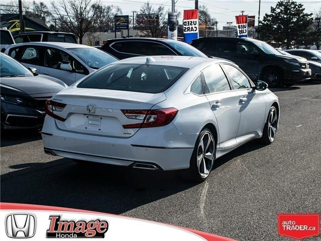 2019 Honda Accord Touring 1.5T (Stk: 9A124) in Hamilton - Image 4 of 19