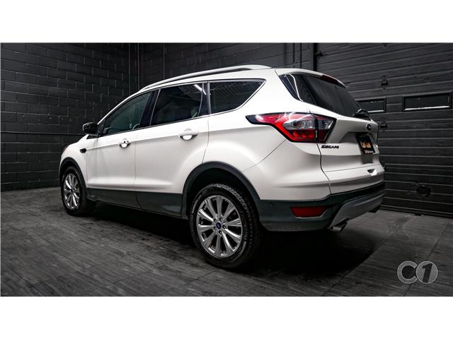 2018 Ford Escape Titanium (Stk: CT19-251) in Kingston - Image 3 of 35