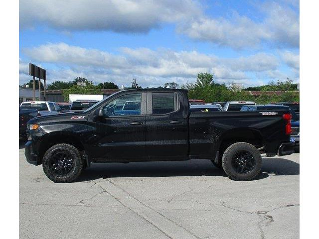 2019 Chevrolet Silverado 1500 Silverado Custom Trail Boss (Stk: 19649) in Peterborough - Image 2 of 3