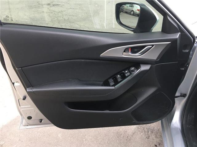 2018 Mazda Mazda3 GS SUNROOF, ALLOY, FOG, TINT, BACK CAM, PUSH BUTTO (Stk: 44215B) in Brampton - Image 3 of 26