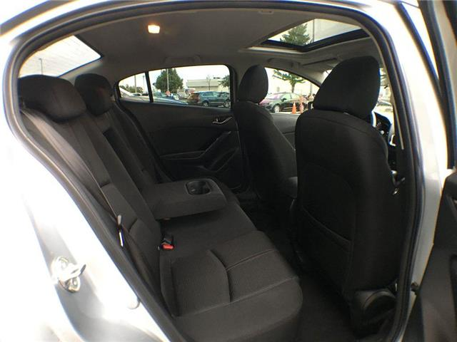 2018 Mazda Mazda3 GS SUNROOF, ALLOY, FOG, TINT, BACK CAM, PUSH BUTTO (Stk: 44215B) in Brampton - Image 21 of 26