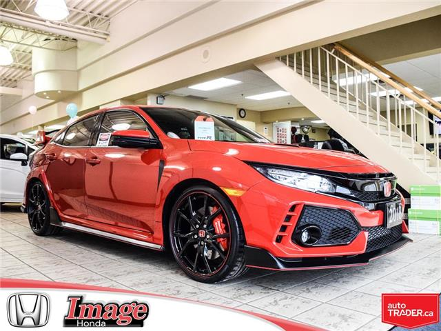 2018 Honda Civic Type R Base (Stk: 9C434A) in Hamilton - Image 1 of 18