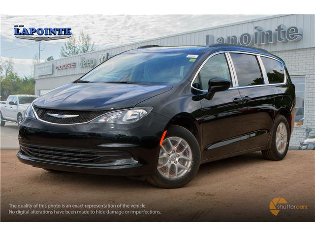2019 Chrysler Pacifica Touring (Stk: 19420) in Pembroke - Image 2 of 20