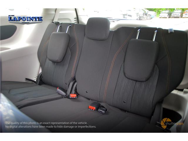 2019 Chrysler Pacifica Touring (Stk: 19420) in Pembroke - Image 7 of 20