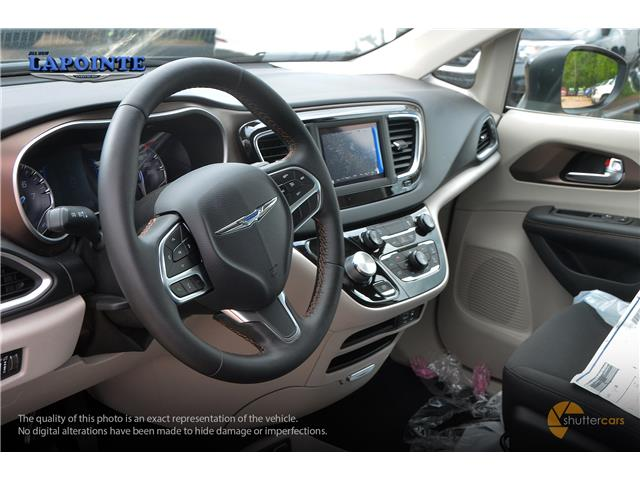 2019 Chrysler Pacifica Touring (Stk: 19420) in Pembroke - Image 9 of 20