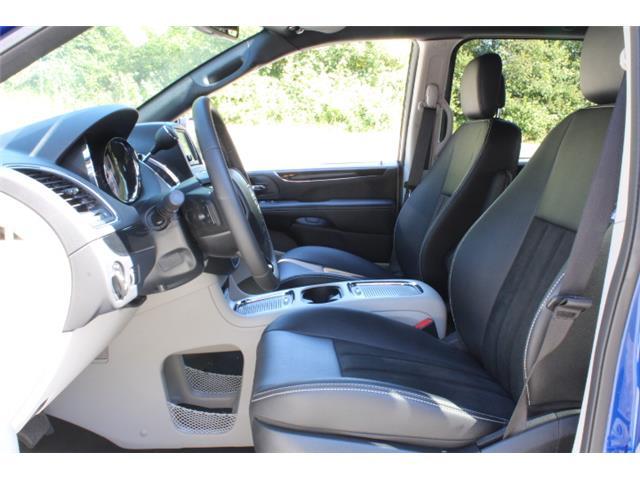 2019 Dodge Grand Caravan CVP/SXT (Stk: R700340) in Courtenay - Image 11 of 27