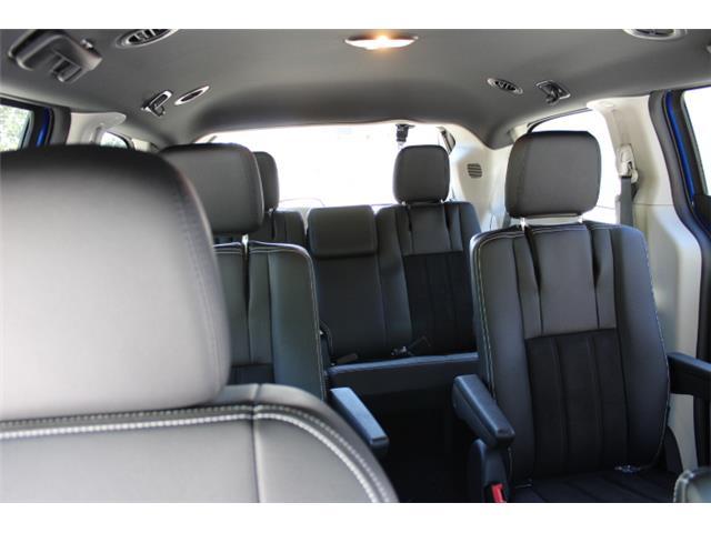 2019 Dodge Grand Caravan CVP/SXT (Stk: R700340) in Courtenay - Image 13 of 27