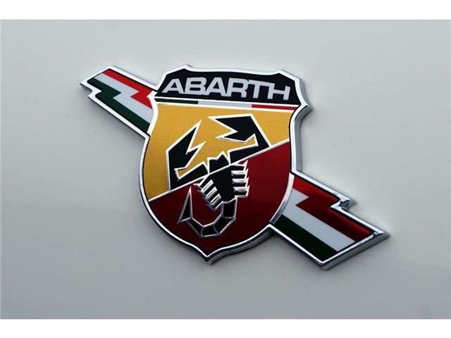 2014 Fiat 500 ABARTH| SUNROOF| BEATS AUDIO| LEATHER| SIRIUSXM (Stk: J1214A) in Burlington - Image 2 of 44