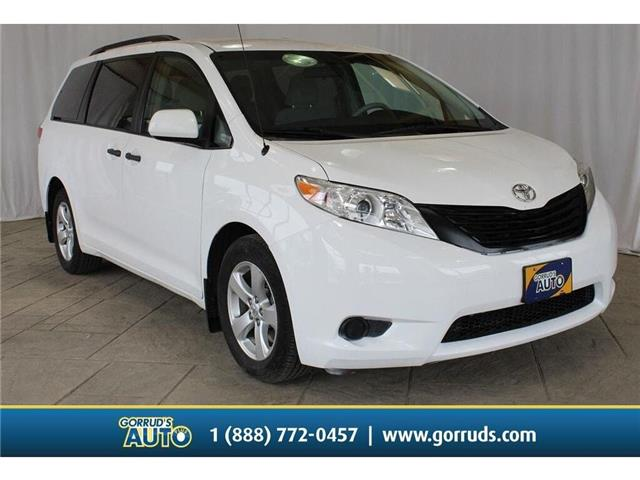 2013 Toyota Sienna Base (Stk: 385530) in Milton - Image 1 of 38