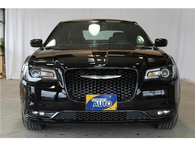 2018 Chrysler 300 S (Stk: 250642) in Milton - Image 2 of 42