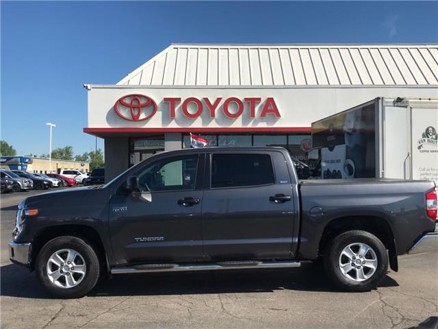 2018 Toyota Tundra SR5 CREWMAX 4X4 5.7L AUTO ALLOYS (Stk: 1908361) in Cambridge - Image 1 of 18
