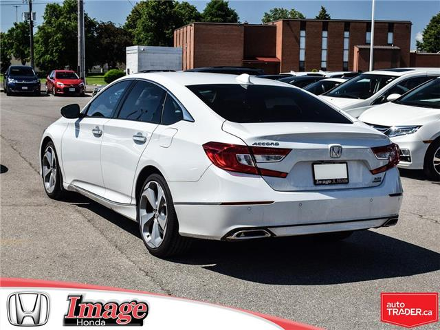 2018 Honda Accord Touring 2.0T (Stk: 9A131A) in Hamilton - Image 5 of 20