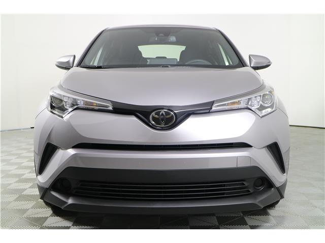 2019 Toyota C-HR XLE (Stk: 292402) in Markham - Image 2 of 18