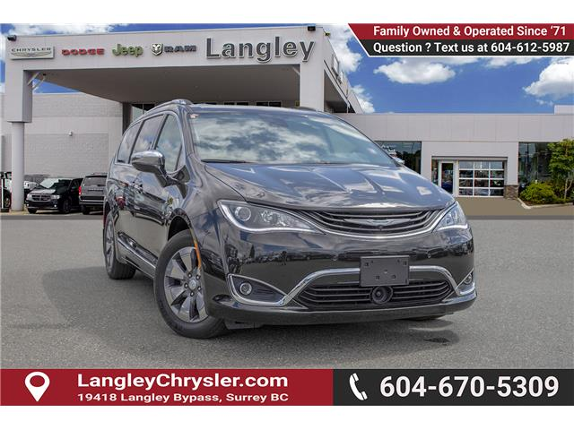 2018 Chrysler Pacifica Hybrid Limited (Stk: EE909480) in Surrey - Image 1 of 27
