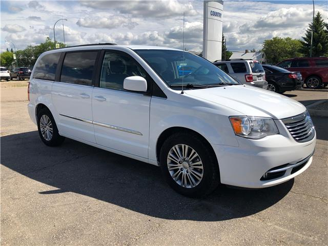 2014 Chrysler Town & Country Touring-L (Stk: 8342C) in Wilkie - Image 1 of 23
