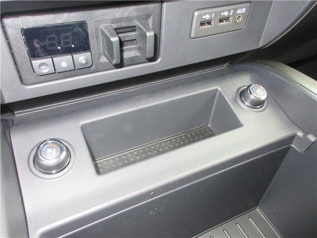 2019 Nissan Titan Platinum (Stk: 9193) in Okotoks - Image 9 of 20