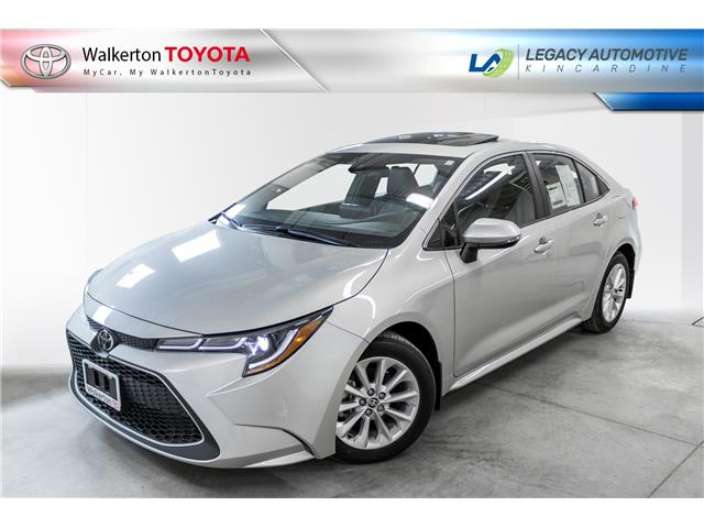 2020 Toyota Corolla XLE (Stk: 20008) in Walkerton - Image 1 of 18