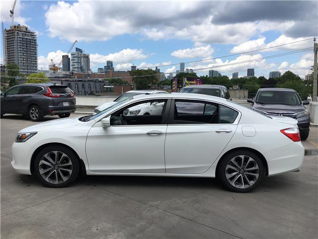 2015 Honda Accord Sport (Stk: HP3383) in Toronto - Image 2 of 21