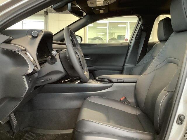 2019 Lexus UX 200 Base (Stk: 1621) in Kingston - Image 4 of 27