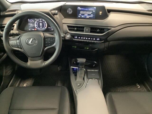 2019 Lexus UX 200 Base (Stk: 1621) in Kingston - Image 8 of 27