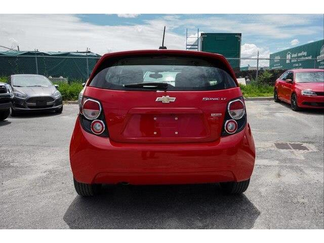 2016 Chevrolet Sonic LT Auto (Stk: SK697A) in Gloucester - Image 17 of 18