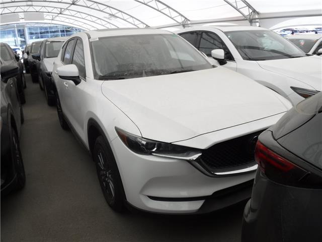 2019 Mazda CX-5 GS (Stk: M2098) in Calgary - Image 1 of 1