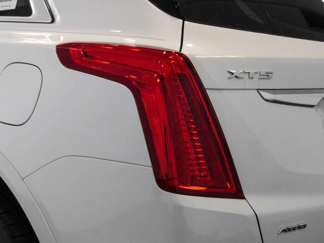 2019 Cadillac XT5 Base (Stk: C9-58790) in Burnaby - Image 12 of 23
