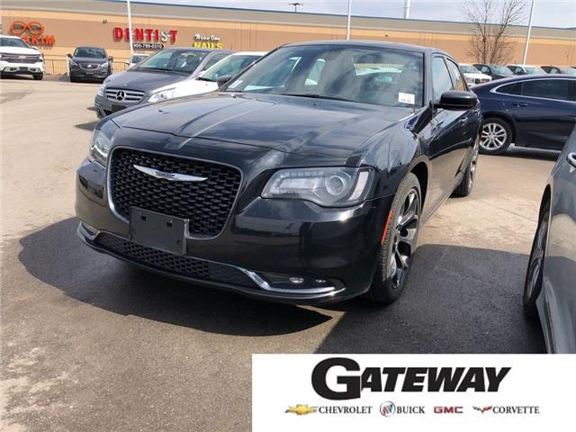 2017 Chrysler 300S Backup Camera+Heated Front Seats+Leather+Beats (Stk: PA17947) in BRAMPTON - Image 1 of 17