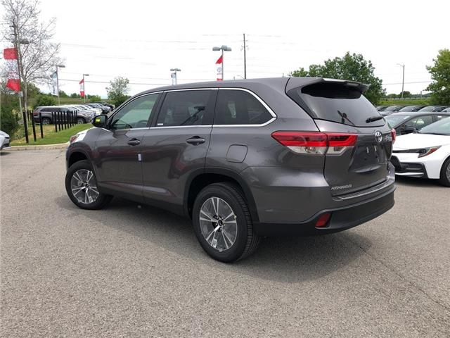 2019 Toyota Highlander LE (Stk: 31046) in Aurora - Image 2 of 15