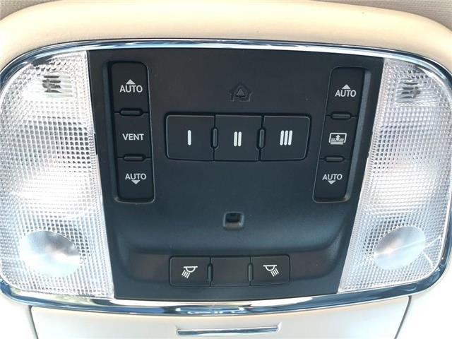2018 Chrysler 300 Limited (Stk: P-4075) in Woodbridge - Image 26 of 29
