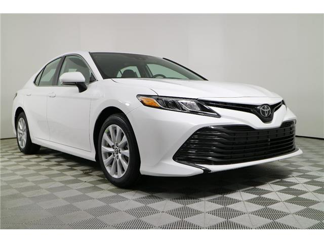 2019 Toyota Camry LE (Stk: 284651) in Markham - Image 1 of 19