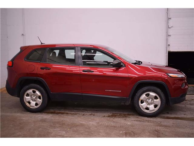 2014 Jeep Cherokee SPORT 4X4 - HTD SEATS & WHEEL * REMOTE START  (Stk: B3831A) in Cornwall - Image 1 of 30