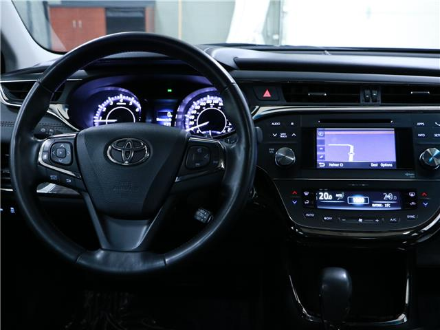 2013 Toyota Avalon Limited (Stk: 195353) in Kitchener - Image 7 of 33