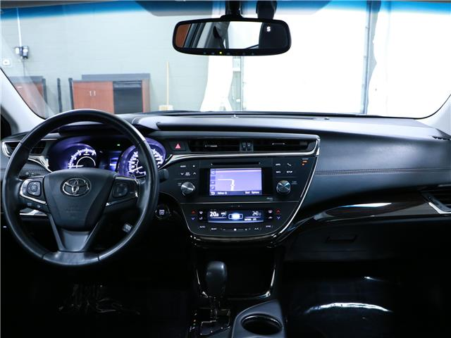 2013 Toyota Avalon Limited (Stk: 195353) in Kitchener - Image 6 of 33