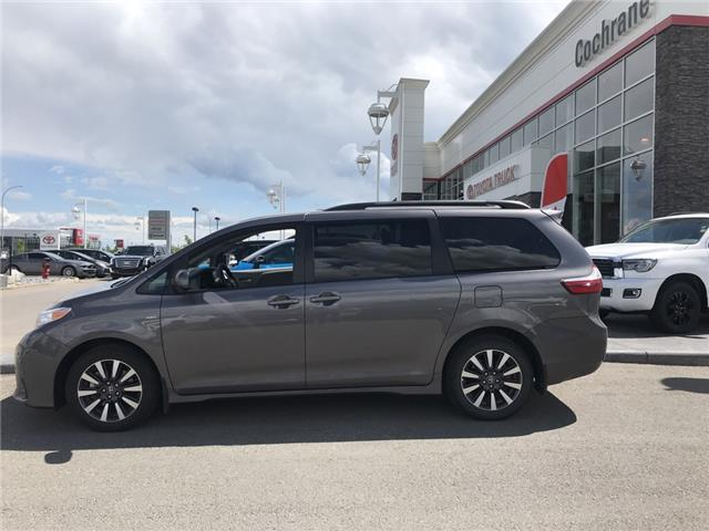 2019 Toyota Sienna LE 7-Passenger (Stk: 2883) in Cochrane - Image 2 of 15