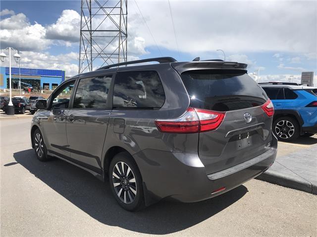 2019 Toyota Sienna LE 7-Passenger (Stk: 2883) in Cochrane - Image 3 of 15